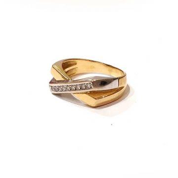 Bague d'occasion 2 ors 18 carats et diamants de profil