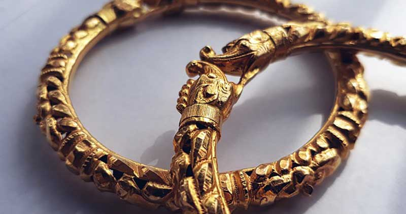 Investir dans l'or : achat de bijoux anciens