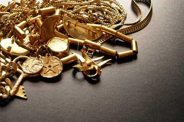 Objets précieux, bijoux, or, œuvres d'art : quelle fiscalité à la revente?